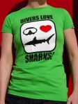 Divers love SHARKS! Femme manches courtes